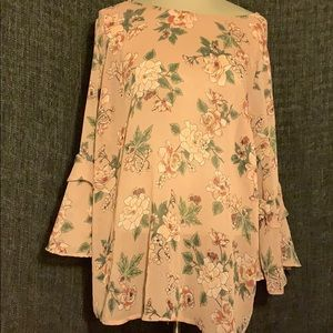 Pink floral essential blouse